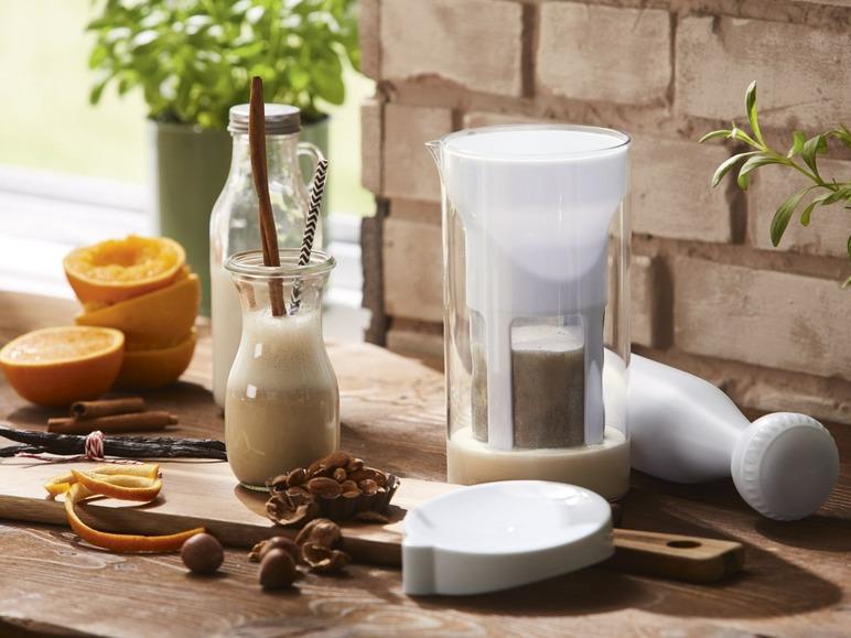 Výrobník rostlinného mléka