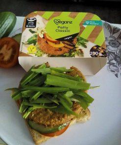 Sojovy burger Patty Classic 200 g Veganz vegan burgr vegan burger rostlinny burger